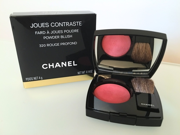 Chanel Le Rouge Joues Contraste.JPG