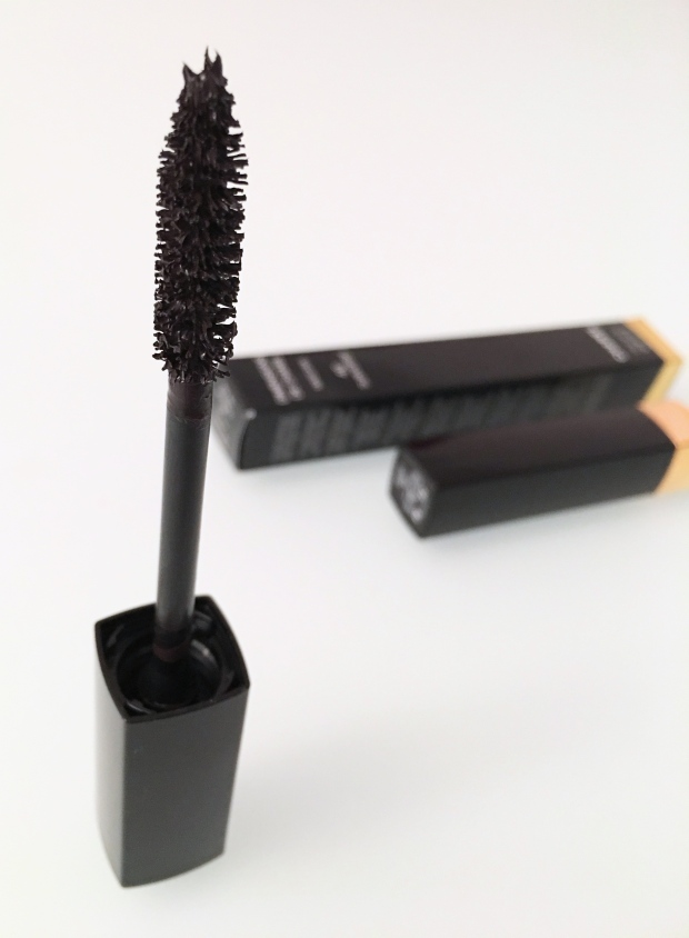 Chanel mascara Dimensions 2.jpg
