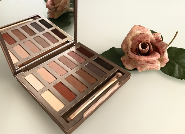 Urban Decay - Naked Ultimate Basics.jpg